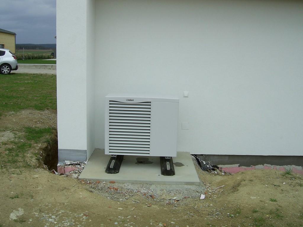 Vaillant Luft-Wärmepumpe aroTHERM mit uniTOWER - Aussengerät 5kW (Herr Pfleger, Stettenhof)